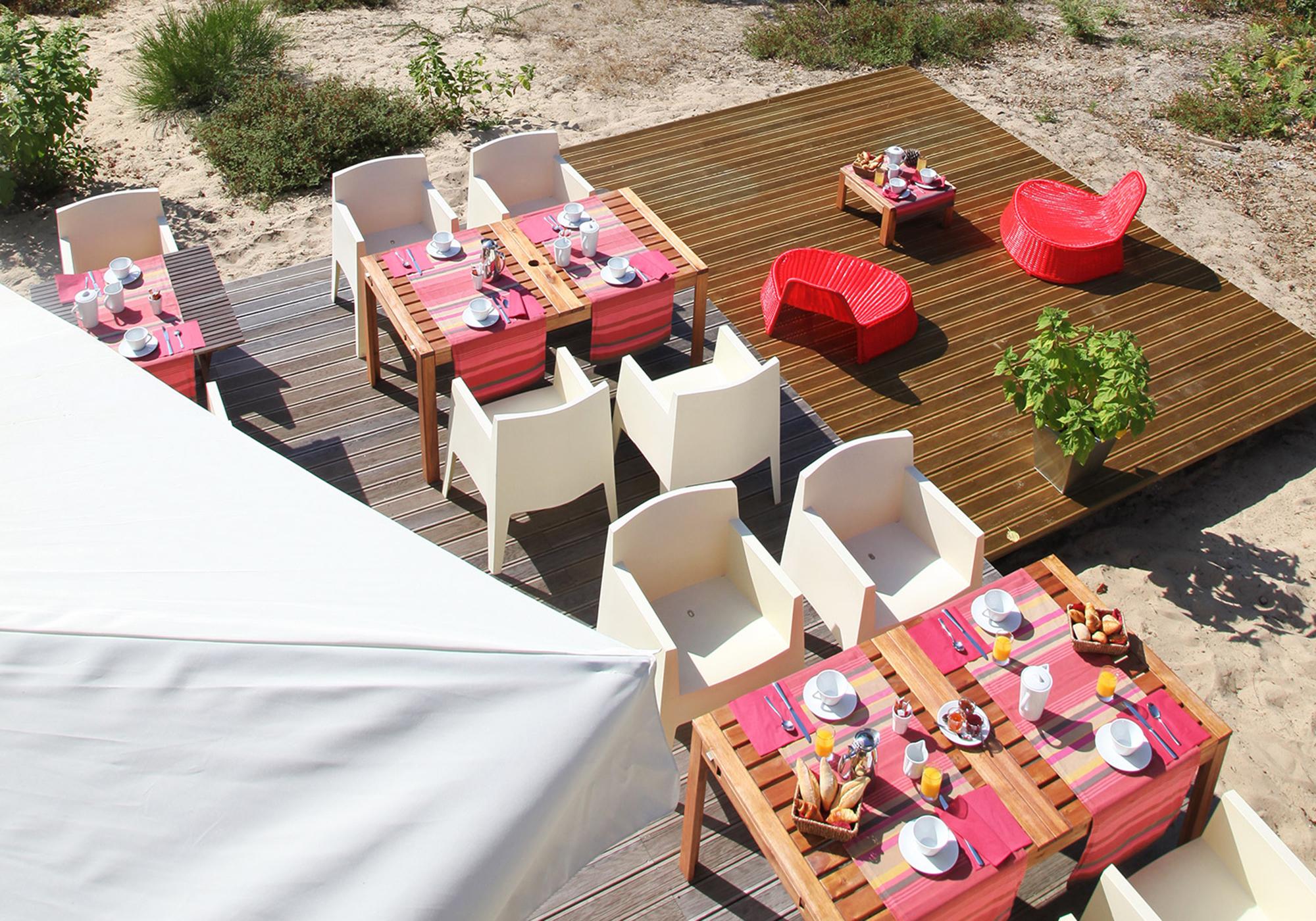 Petit Dejeuner en terrasse, Hotel boutique Landes